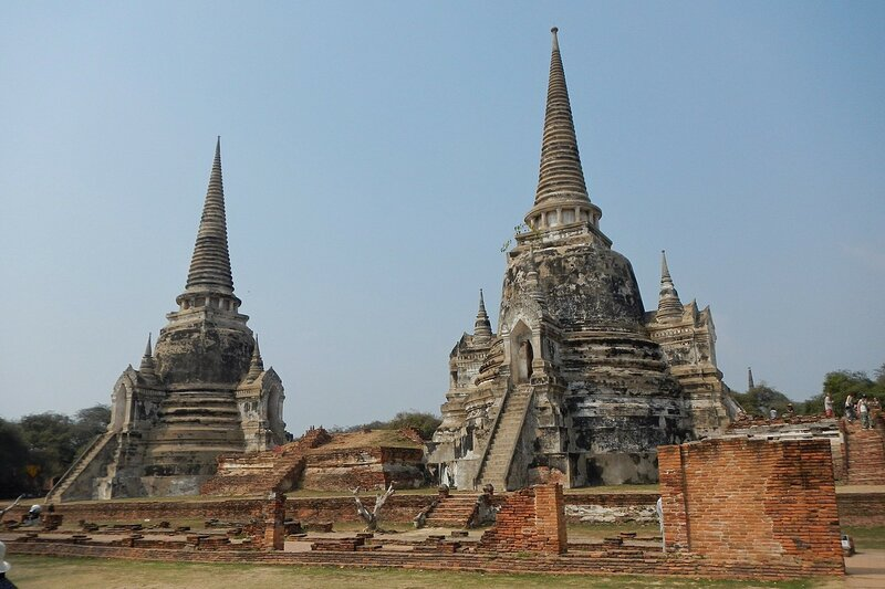 Ступы (чеди) храмового комплекса Wat Phra Si Sanphet в древней столице Сиама Аюттайе, Таиланд