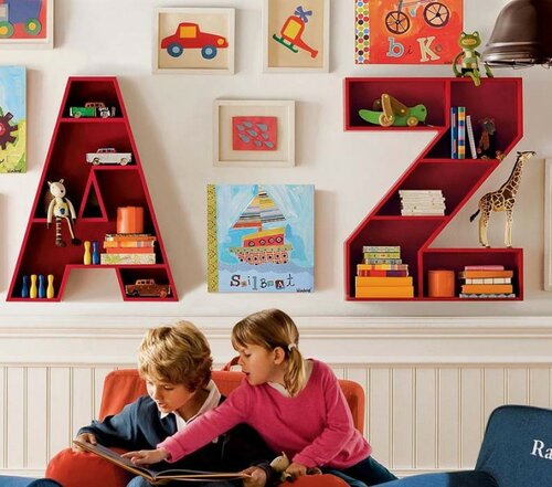 Оригинальные полочки для детской