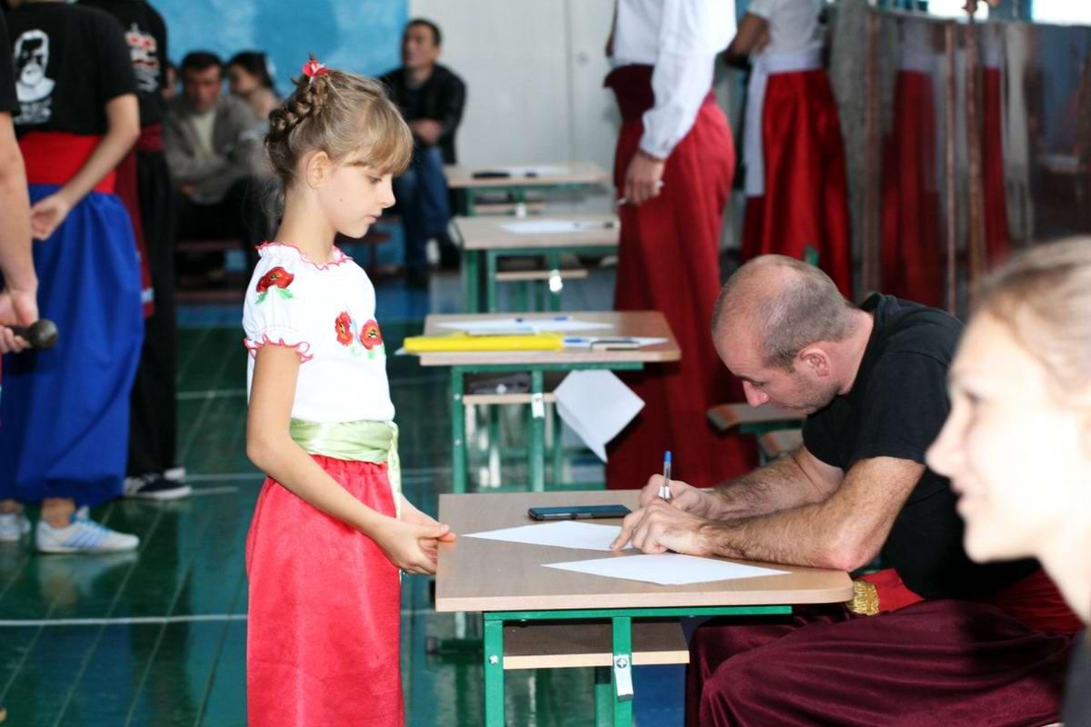 Квалификационный групповой экзамен в школе боевого гопака города Нетешин (Хмельницкая область) (31)