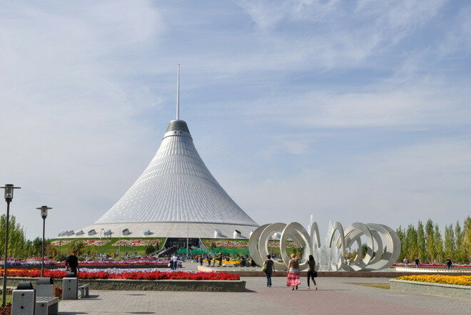 Хан Шатыр. Астана