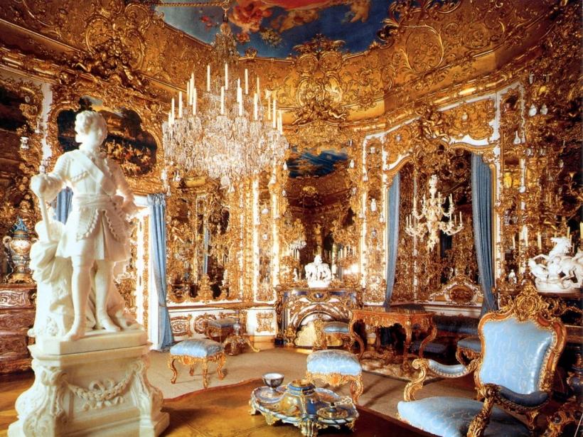 Зеркальный зал Линдерхоф