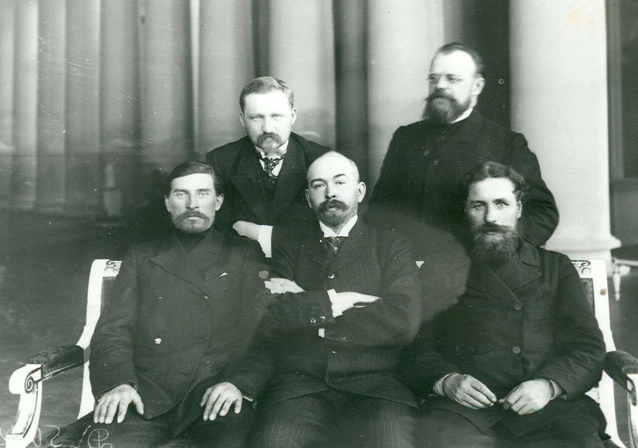 Группа депутатов Второй Государственной думы от Новгородской губернии