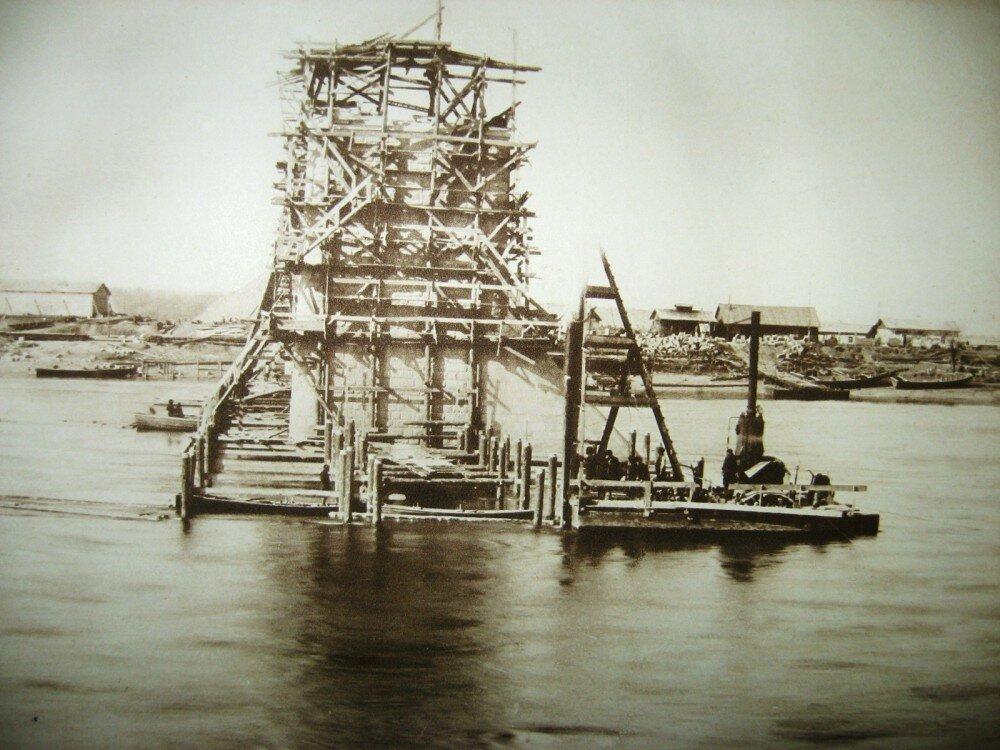 40. Виды постройки моста через Зею