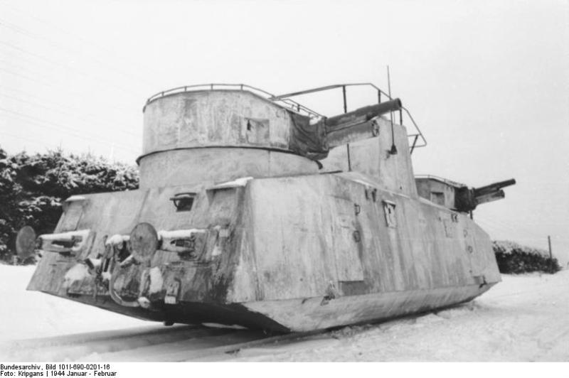 Трофейный советский броневагон Д-2 в вермахте.