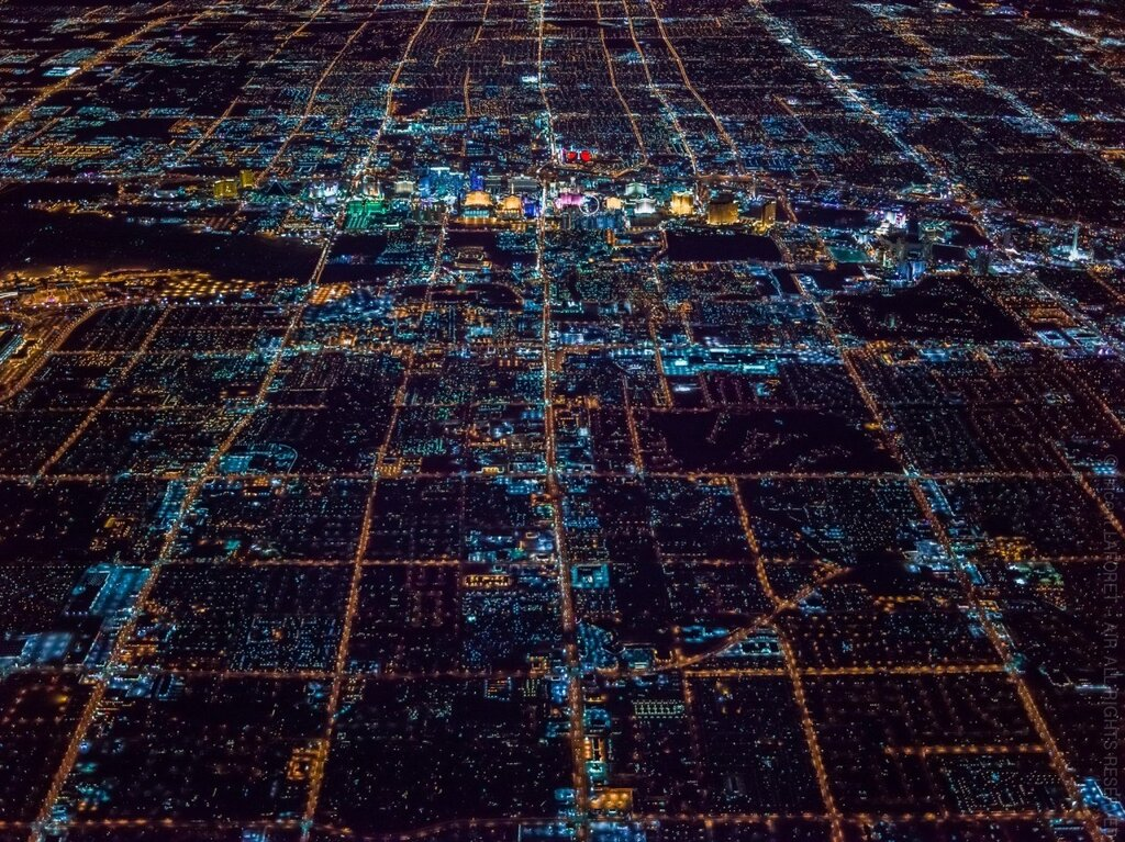Right amount of wrong, Vincent Laforet above Las Vegas80.jpg