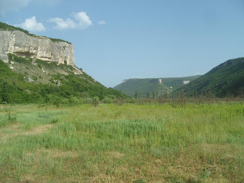 ущелье в долине реки Бельбек у селения Танковое