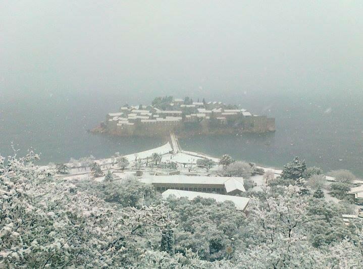 Святой Стефан в снегу