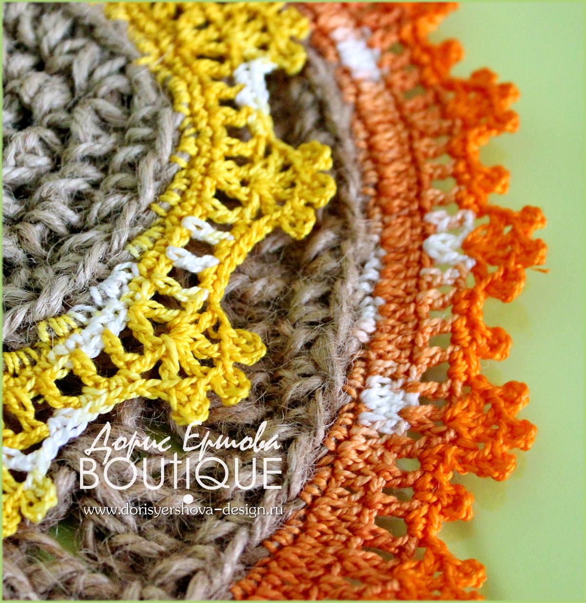 салфетки из джута с цветным кружевом, вязанное крючком кружево, подложки для горячего на кухню из джута, джут, декор, домашний декор, фито и дизайн Дорис Ершовой, зеленый, оранжевый, желтый, jute cloth with colored lace, knit crochet lace, substrate hot in the kitchen of jute, jute, decor, home decor, and phyto design by Doris Ershova, green, orange, yellow