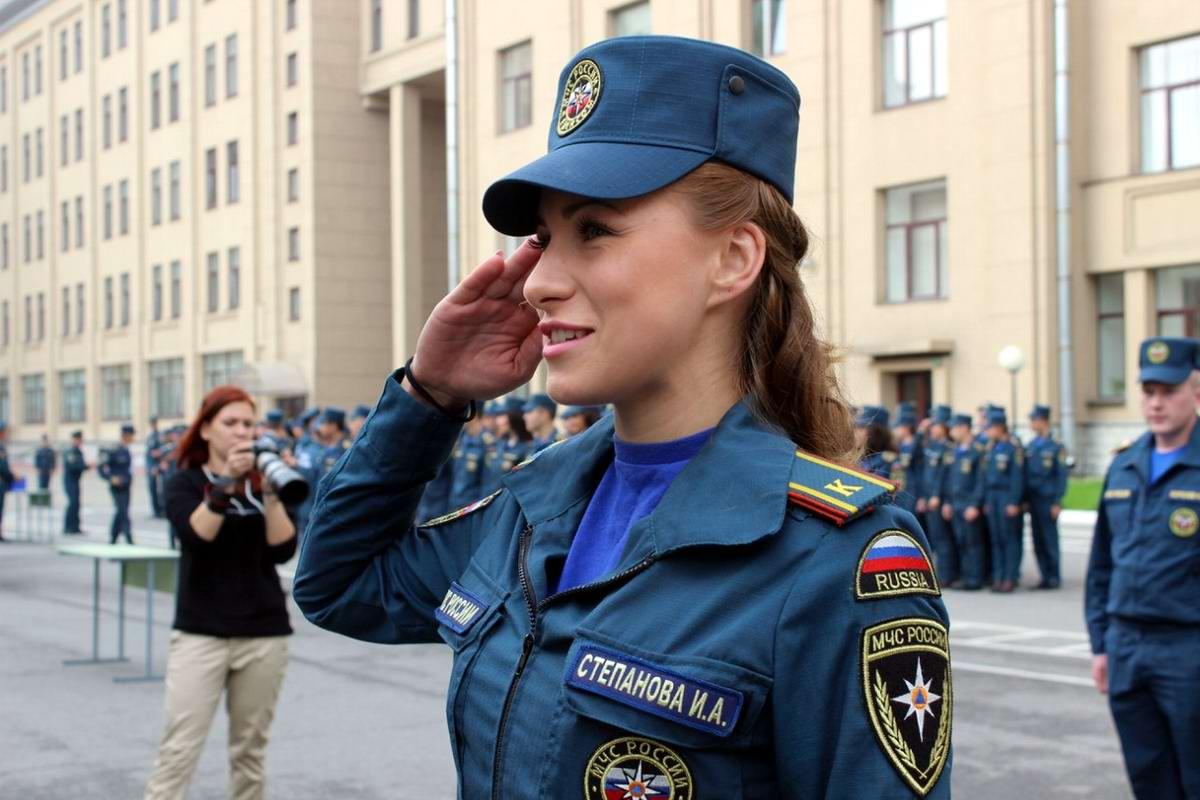 Любую беду руками разведу: Лица девушек из МЧС России (49)