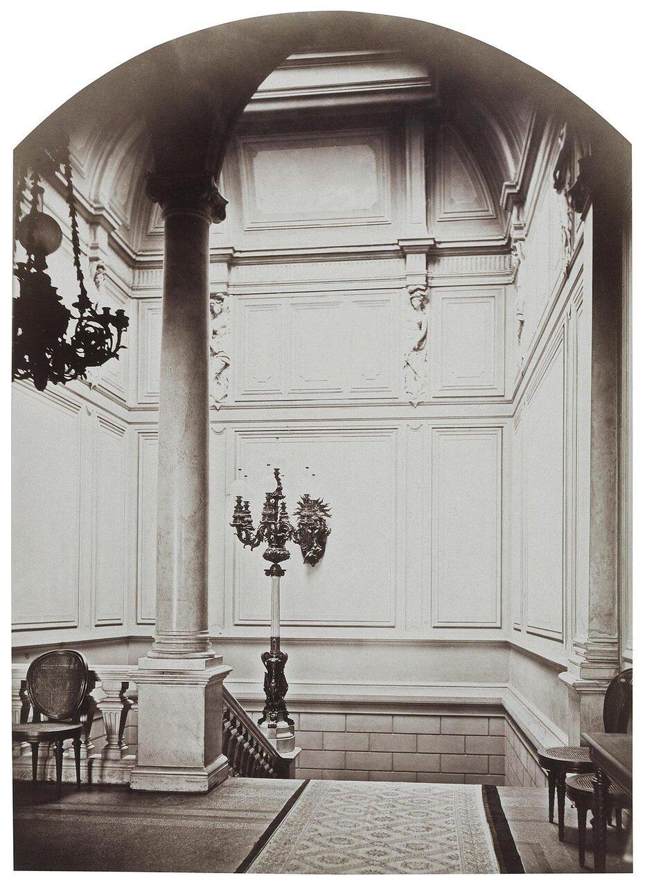 Парадная лестница в доме И.Ф. Паскевича на Английской набережной
