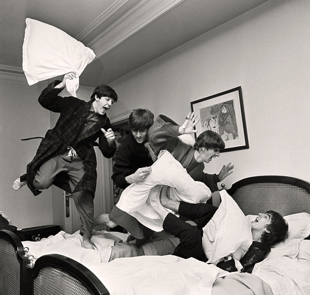 Beatles Pillow Fight, George V hotel, Paris,16 January, 1964(1)