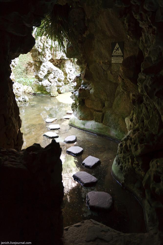фото, фотография, Синтра, Кинта да Регалейра, дворец Монтейру, колодец посвящения, туннель, пещера