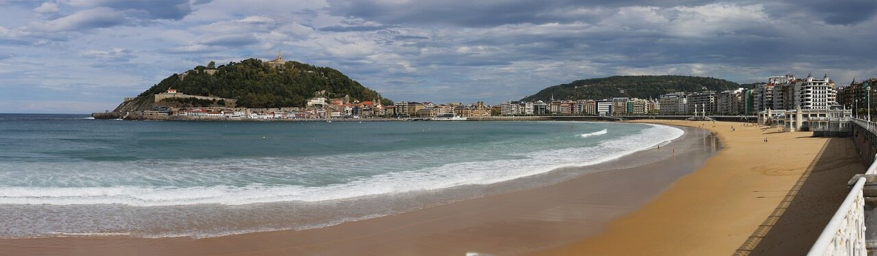 Доностия-Сан-Себаcтьян. Пляж Ла Конча (Playa de la Concha)