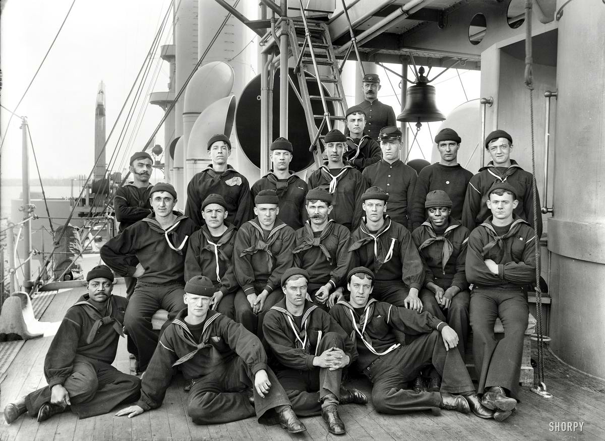 Корабли, речные суда и военные моряки на снимках американских фотографов конца 19 века (16)