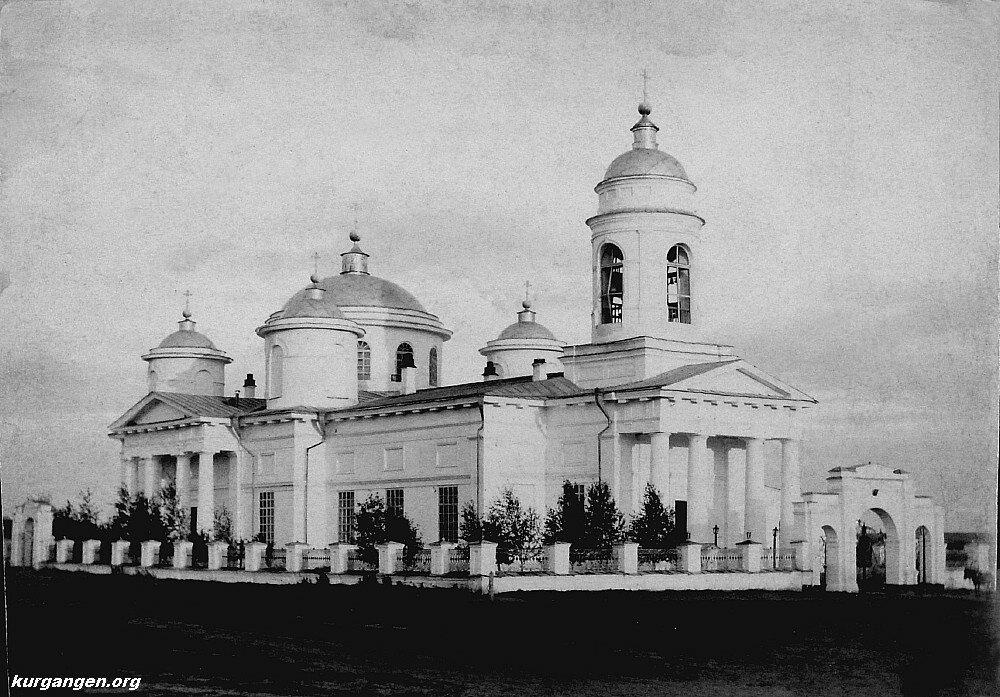 19. Соборная площадь и Богородице-Рождественский собор