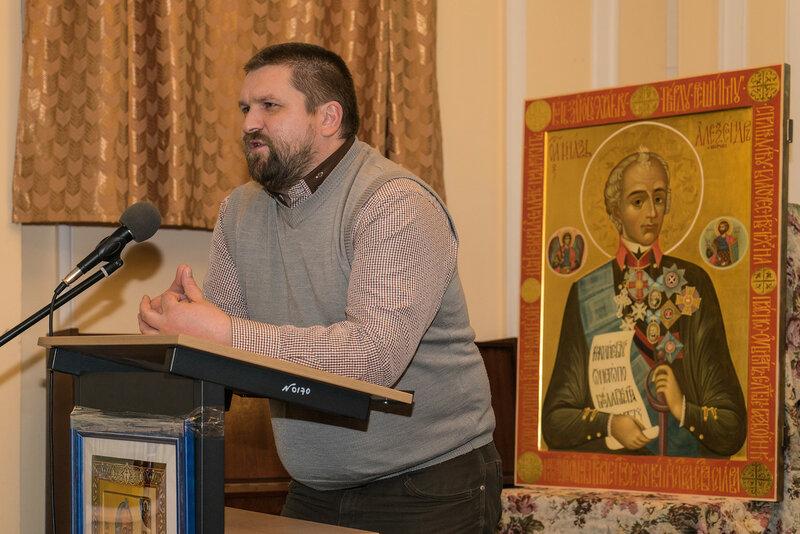 Руководитель семейной мастерской рукотворной игрушки «Доброе дело» Лесков Олег Вячеславович