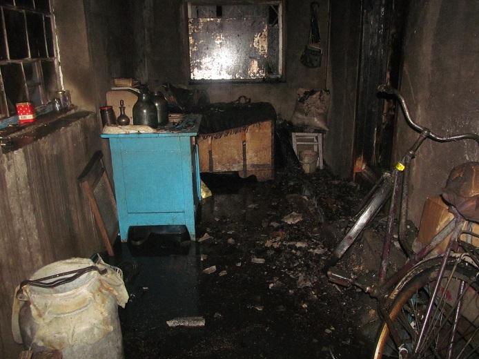 Мужчина из Слуцкого района подозревается в убийстве бабушки и поджоге ее дома