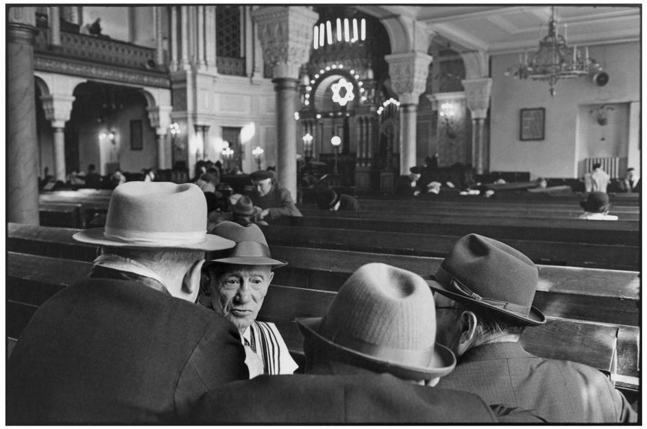 1972.  Ленинград. В субботу в синагоге