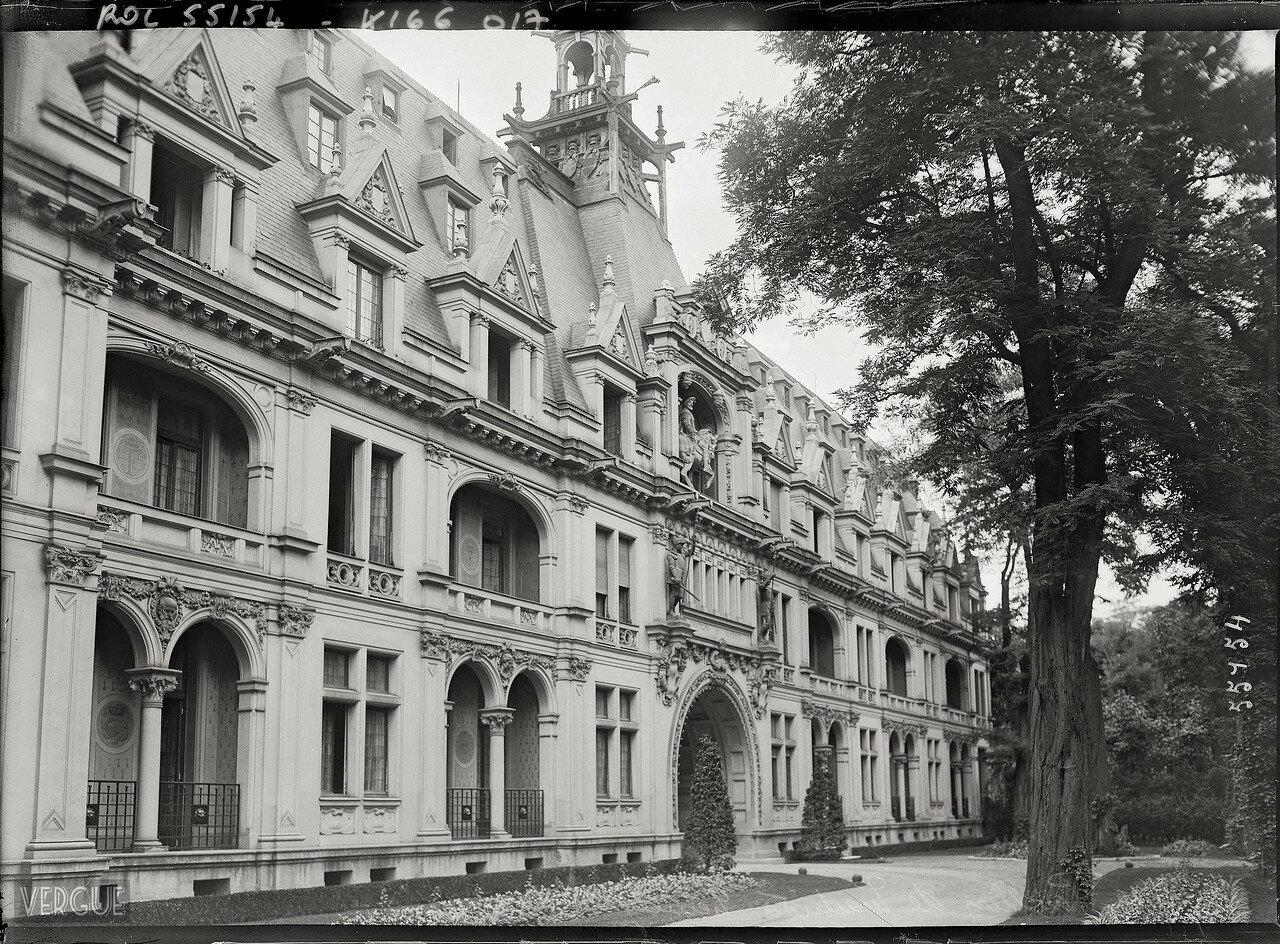 1919. Ресторан и отель Шато-де-Мадрид в Булонском лесу