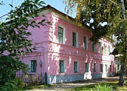 Дом Петренко