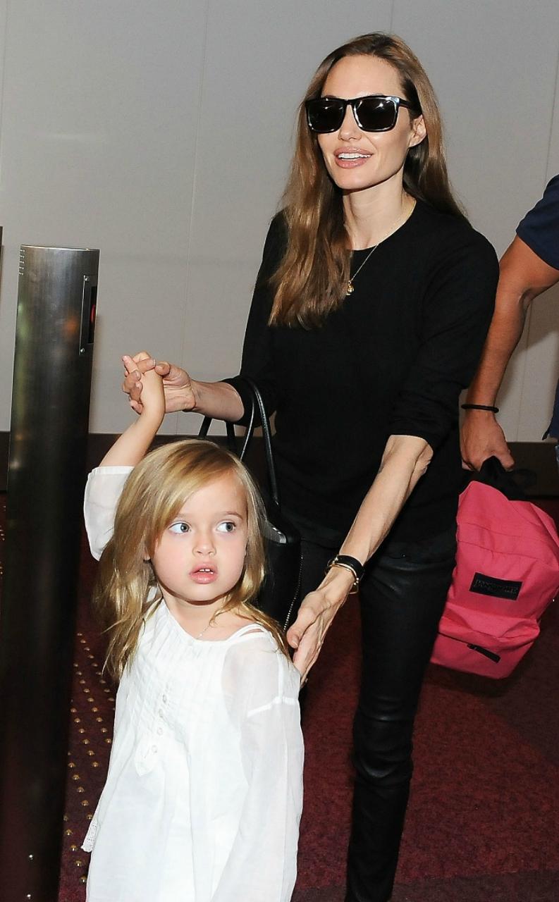 Maroosya Джоли с дочкой