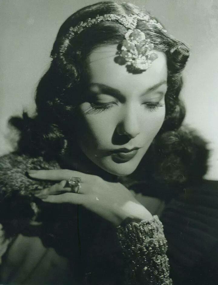 Lupe Velez (1936).jpg
