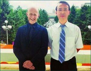Итальянский хирург Канаверо и его китайский коллега Жень