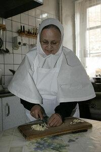 5. Кулинарный секрет: всё готовится с молитвой!