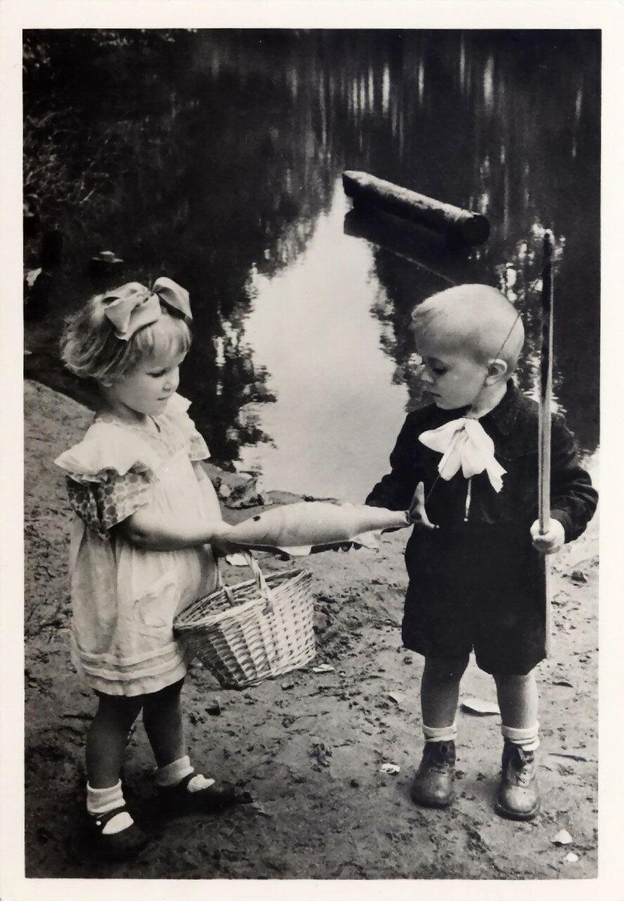 С рыбалки. 1961
