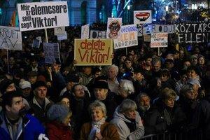 В столице Венгрии прошла массовая акция протеста