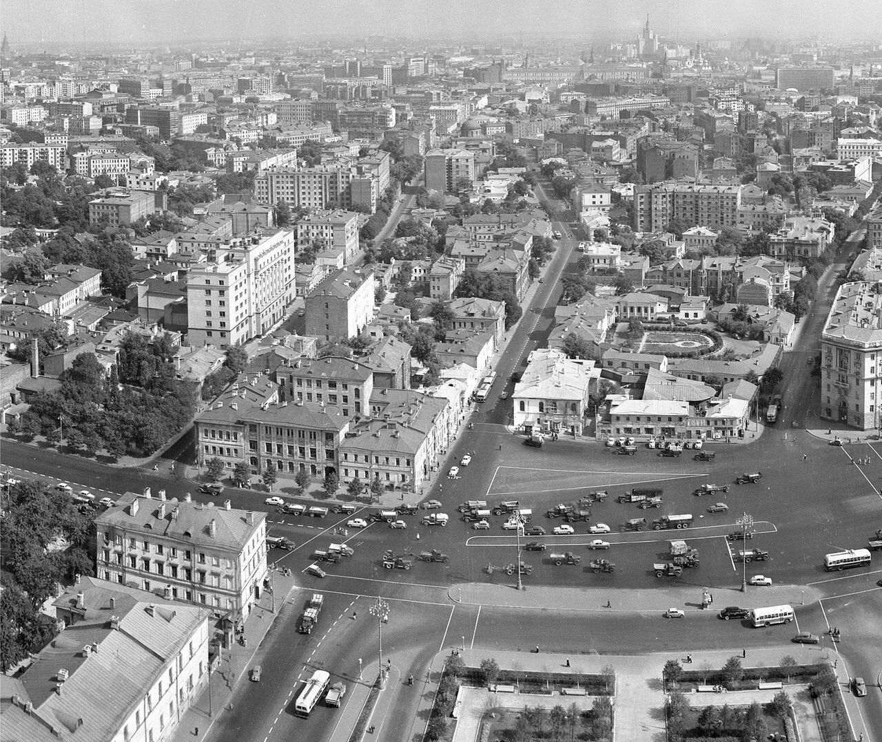 05.Вид на пл. Восстания (Кудринскую) с высотки на пл. Восстания в 1954 году, часть огромной круговой панорамы