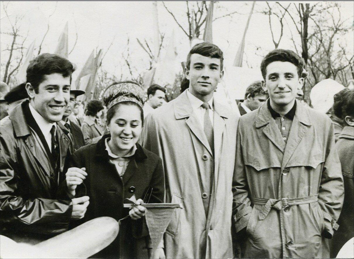 1964. Демонстрация. Ростов на Дону