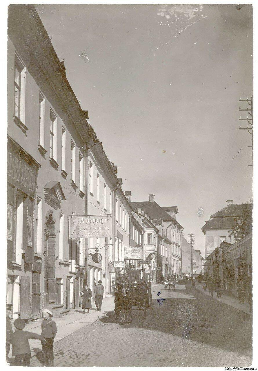Перспектива Вышгородской (Суур) улицы от перекрестка с улицей Вирской