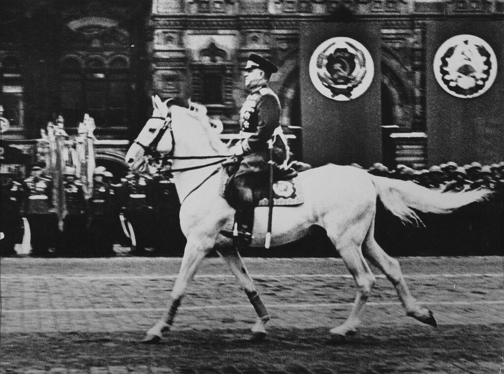 маршал Жуков, капитуляция Германии, как русские немцев били, потери немцев на Восточном фронте, Красная Армия, полководцы Красной Армии, русский дух, военачальники Красной Армии