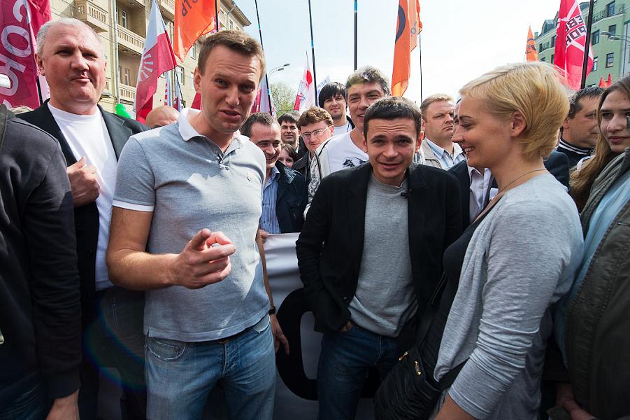 Немцов, Навальный, Яшин.png