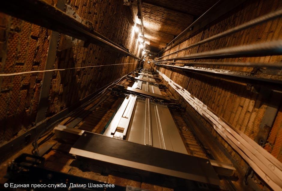 Девять лифтов заменят в Скоропусковском