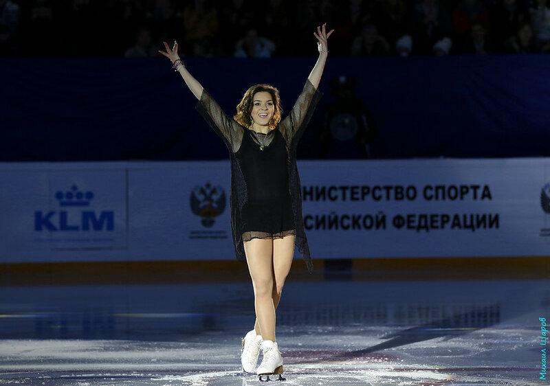Аделина Сотникова - 2 0_14811b_a21727fa_XL