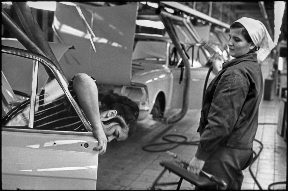 1972. Москва. Автозавод «Москвич». Сборочная линия Рено