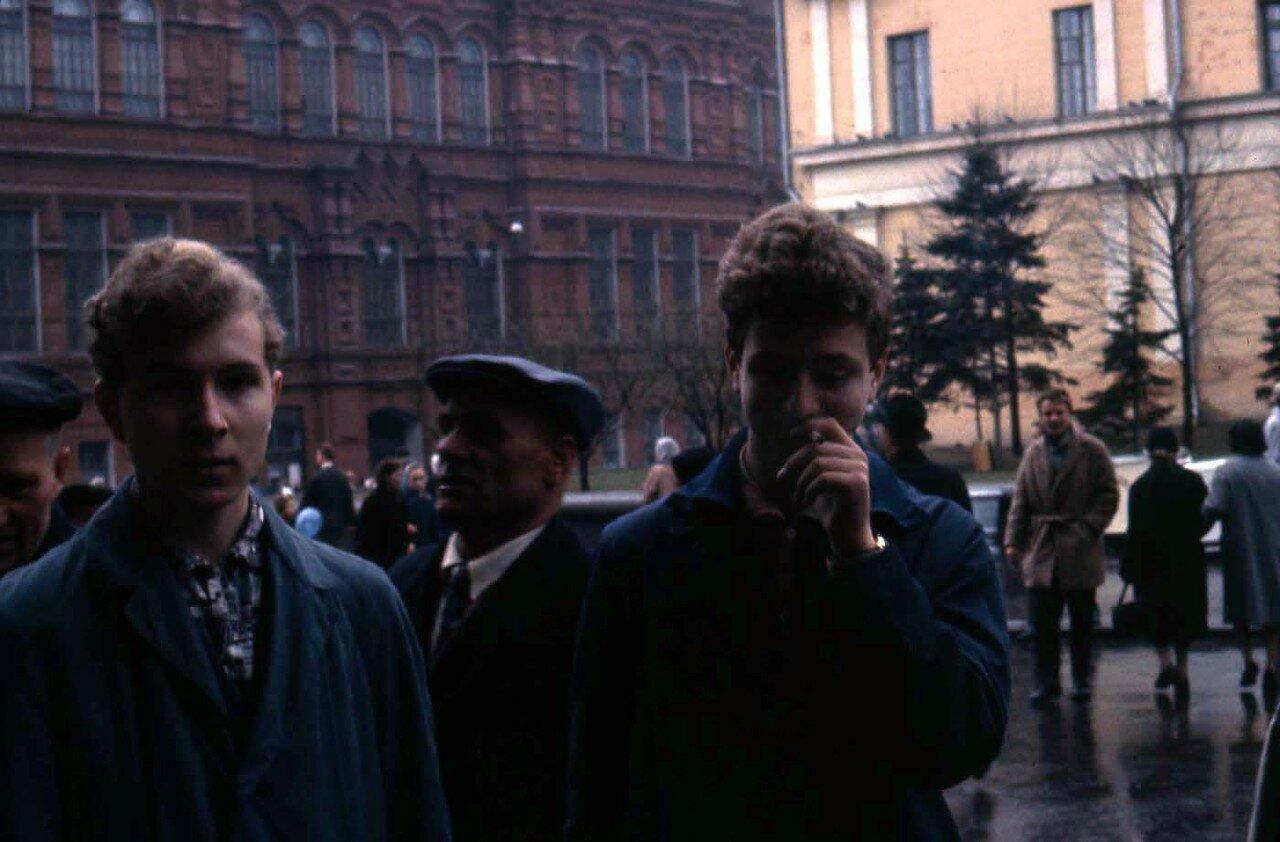 03. Уличная сцена