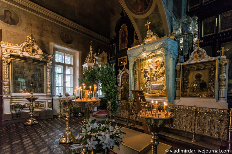 Чудотворная икона Нечаянная радость. Храм в честь иконы Божьей Матери «Нечаянная радость» в Марьиной Роще.