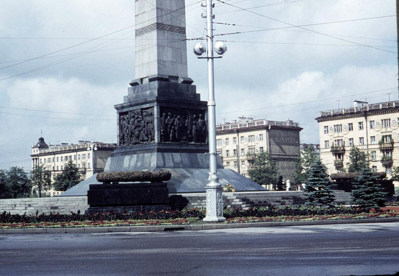 Минск War memorial, 1961.jpg