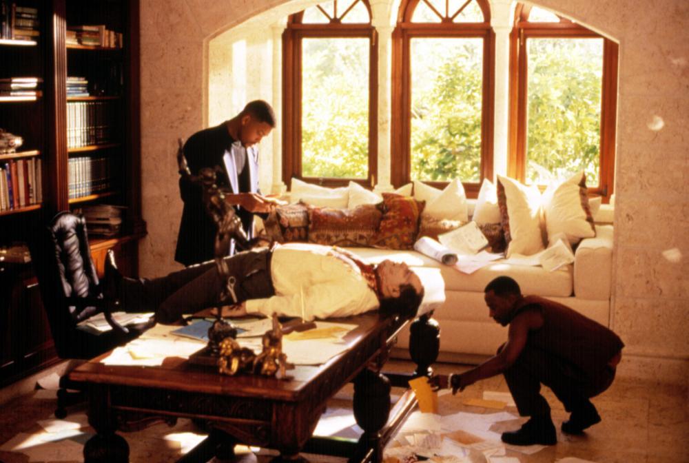 Дорогостоящее и высокоприбыльное сотрудничество Джерри Брукхаймера и Майкла Бэя началось вовсе не с