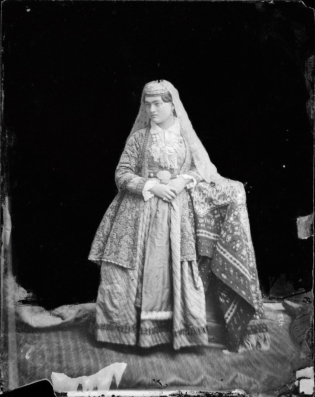 Портрет армянки