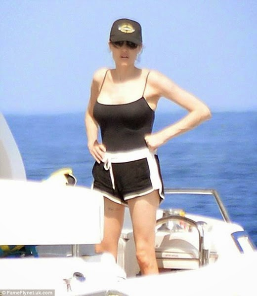 Фотографии медового месяца Анджелины Джоли и Брэда Питта 0 11e92a 74591ea9 orig