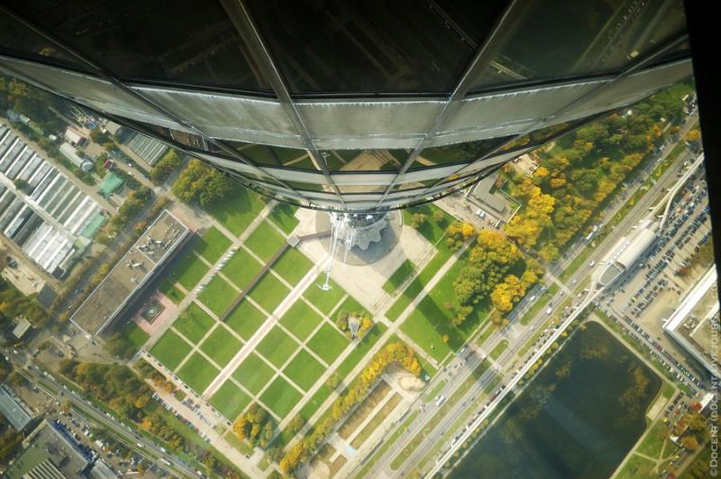 Источник: Жжурнал/ d0cent Первый раз я посетил башню в 1996 году будучи школьником. А две недели наз