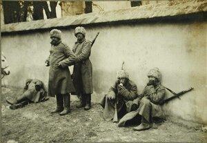 Солдаты аванпоста одного из сибирских полков.