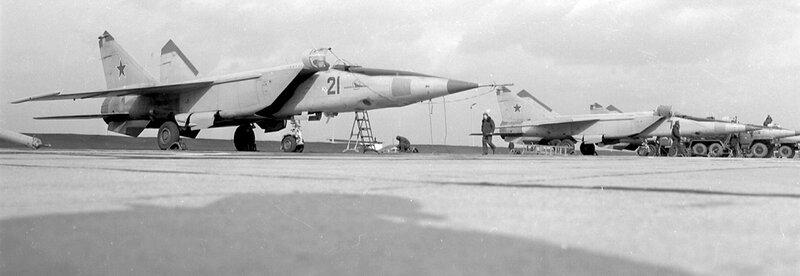 МиГ-25РБ,( 931-й РАП, Werneuchen)  -  ?