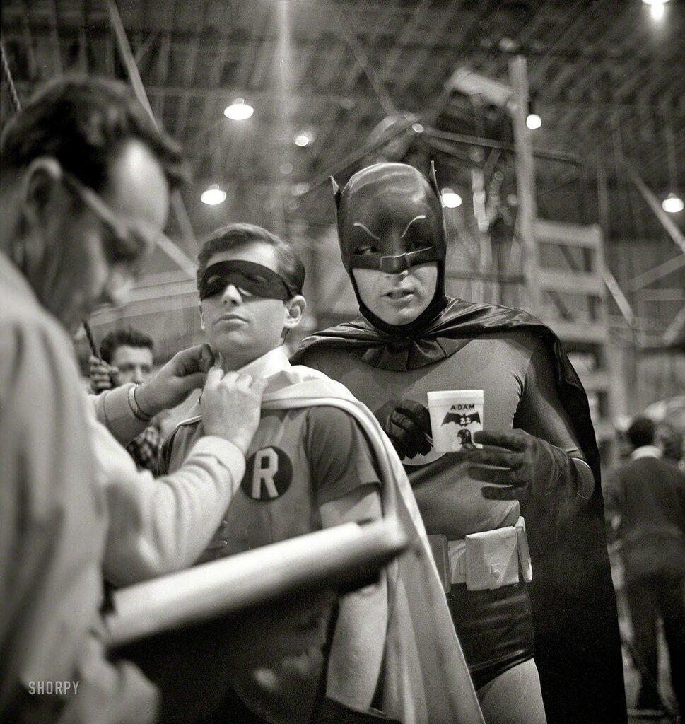 Batman '66.jpg