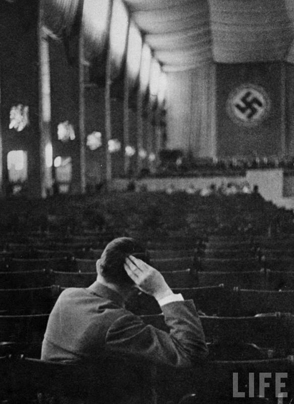 На репетиции оркестра Leopoldhall в Мюнхене. 1938 г