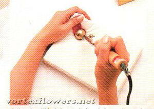 Мастер-класс. Завивка краев лепестков розы при помощи пинцета от Vortex 0_fc101_75dd60b2_M